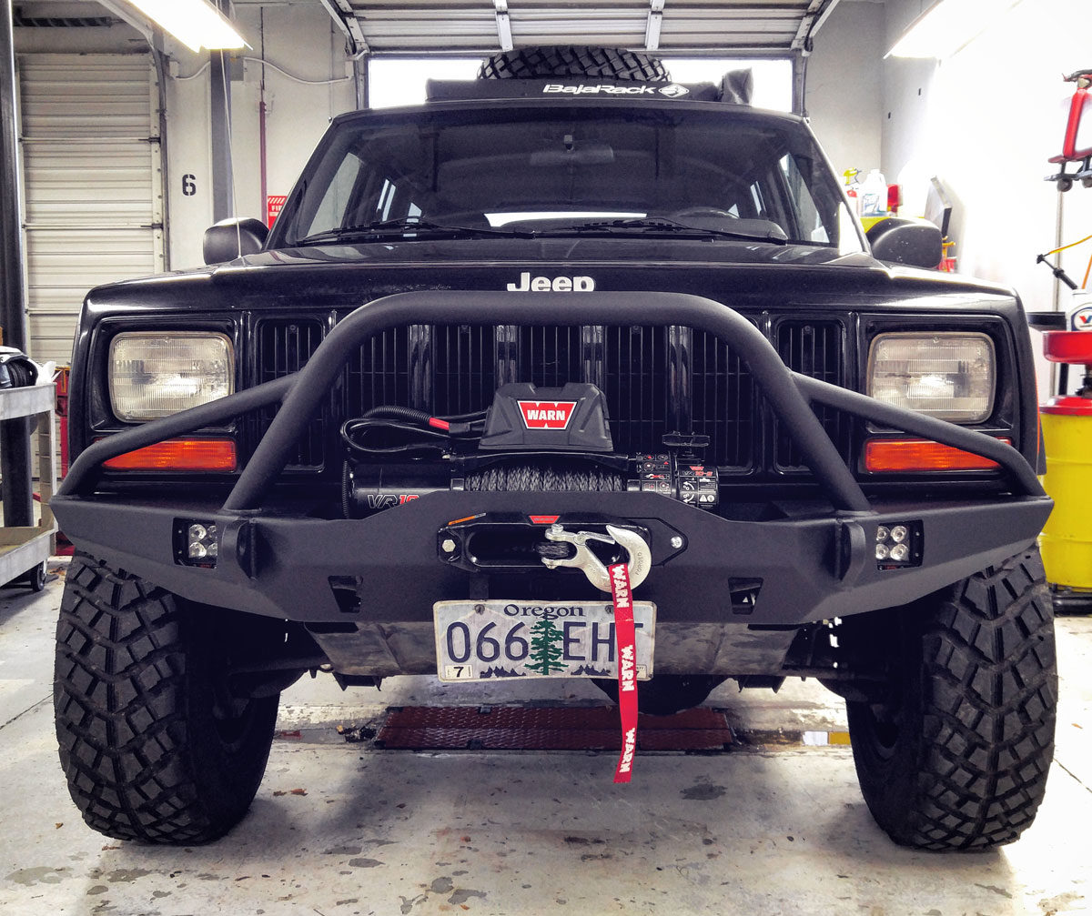 Jeep with VR10-S Winch