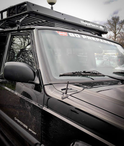 Cravenspeed Stubby Antenna on Jeep Cherokee