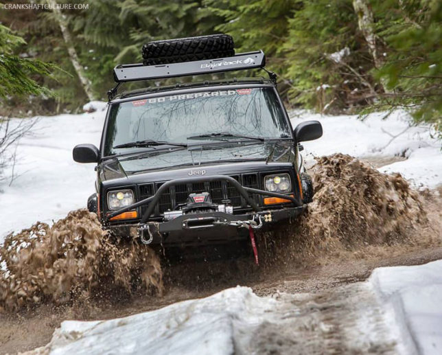 Jeep Cherokee XJ in the snow. Photo by Curtis Reesor