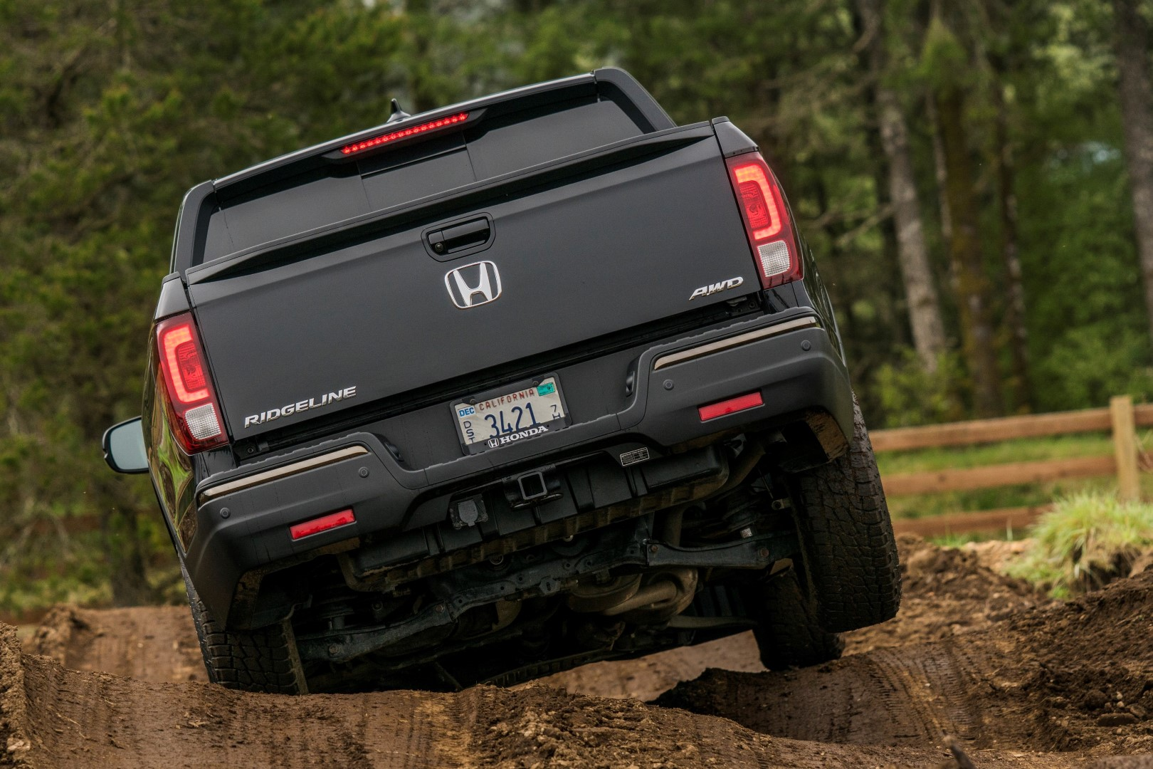 Driving the Honda Ridgeline off road