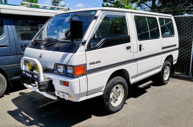 1989 Mitsubishi Delica L300 - CRANKSHAFT CULTURE