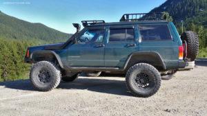 Teal Jeep Cherokee (XJ) at BCOR