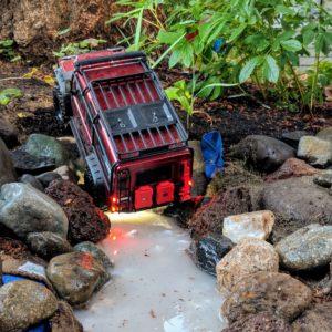 TRX-4 Land Rover in rocks