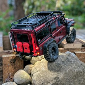 Land Rover Defender 110 by Traxxas