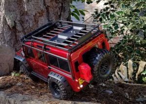 Flexing out the Traxxas TRX-4 Land Rover Defender 110