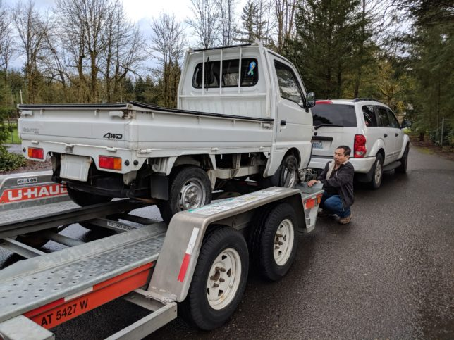 Suzuki Carry on a Uhaul trailer