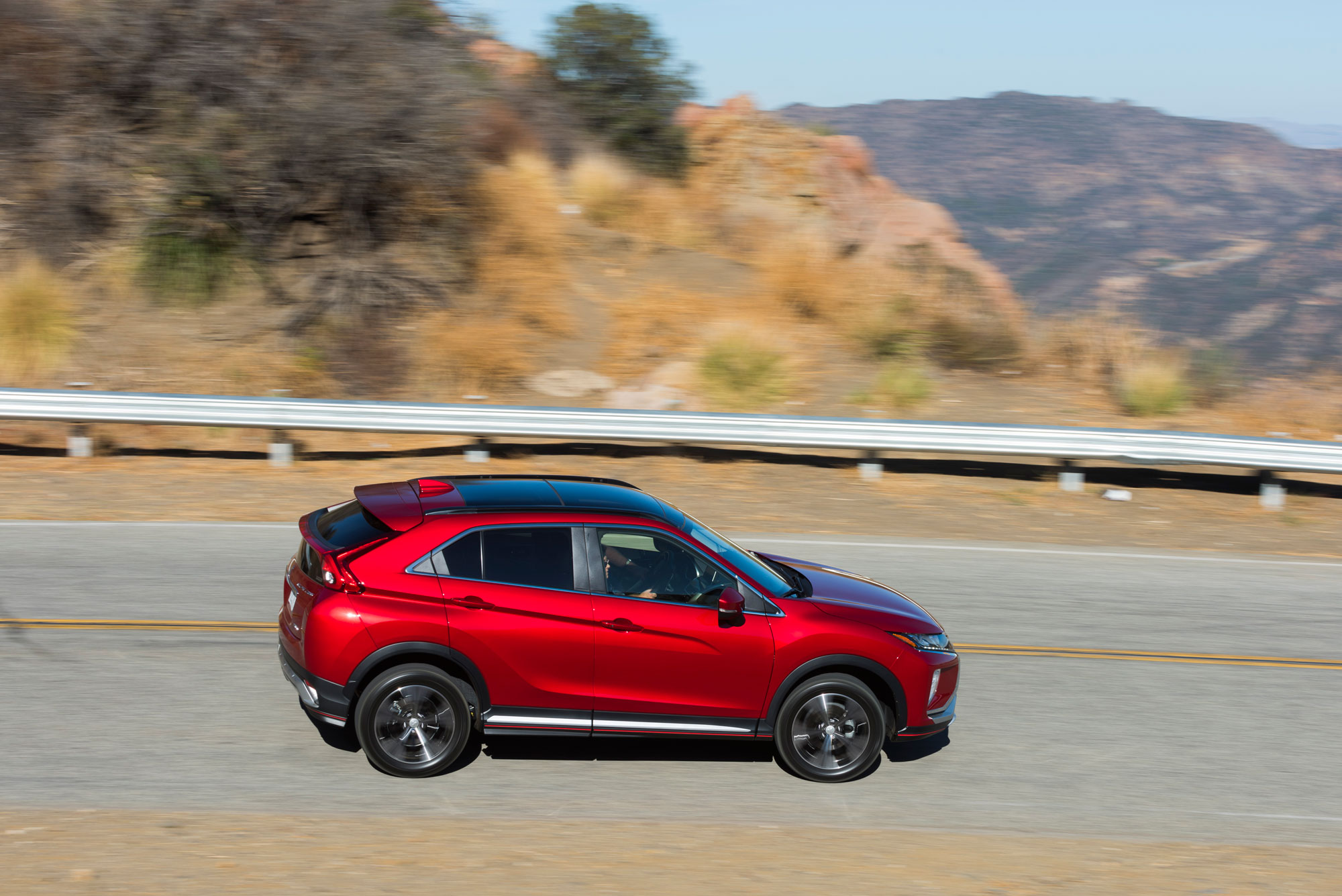 2018 Mitsubishi Eclipse Cross driving
