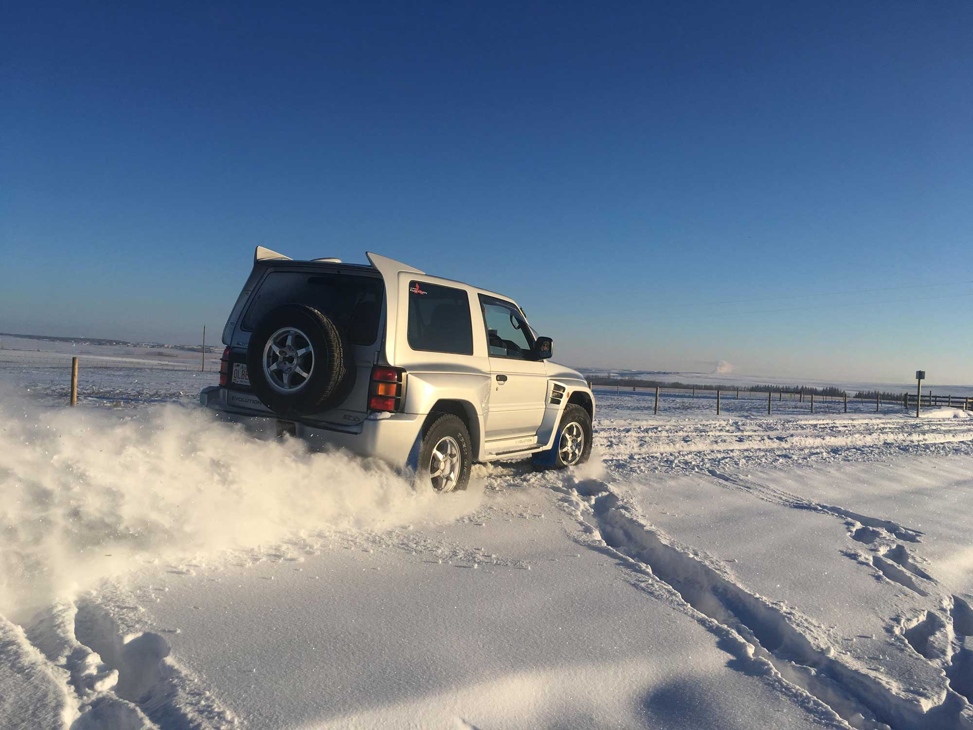 Mitsubishi Pajero Evo in the snow