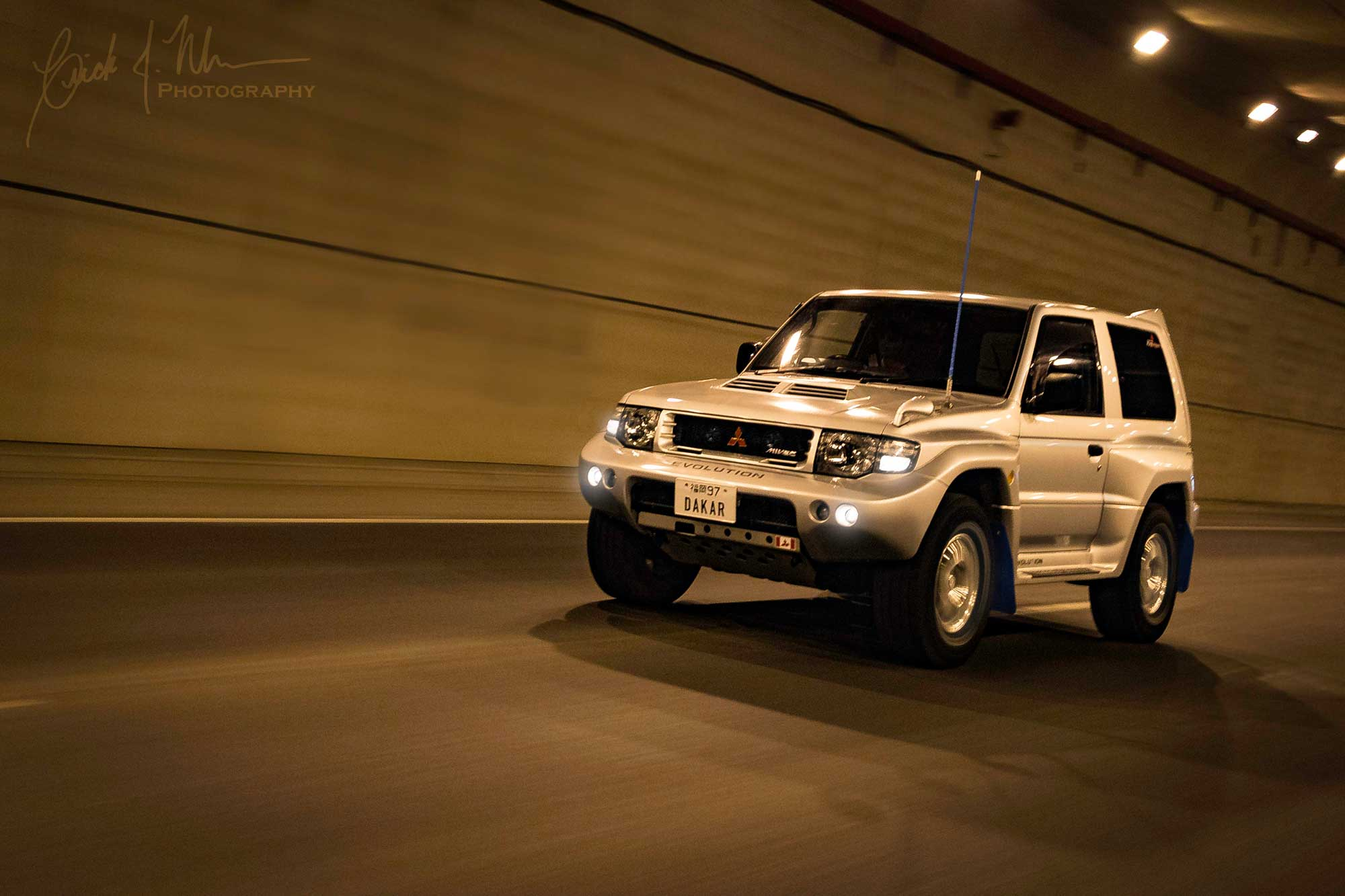 Pajero Evolution in tunnel
