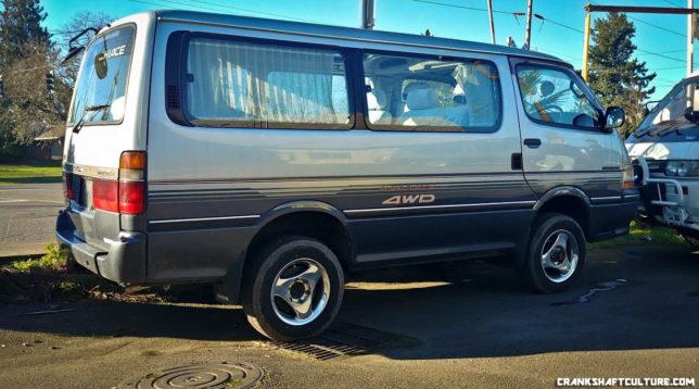 4WD Toyota Hiace