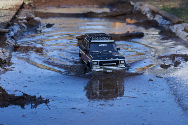 Lifting the Traxxas TRX-4 Ford Bronco RC Crawler