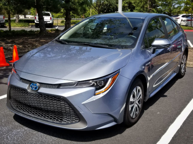 2020-Toyota-Corolla-Hybrid-1