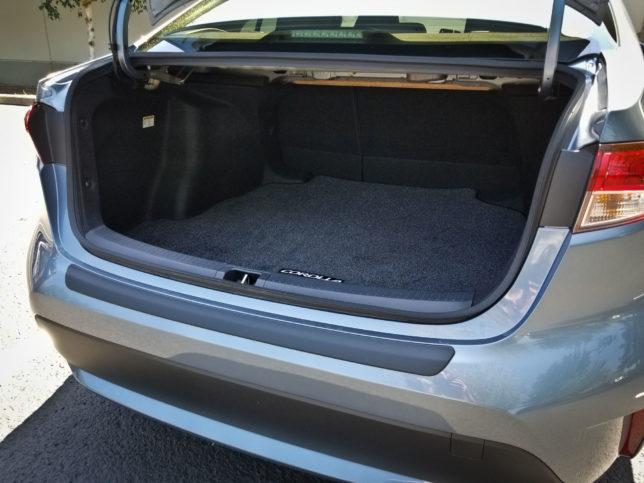 2020-Toyota-Corolla-Hybrid-trunk