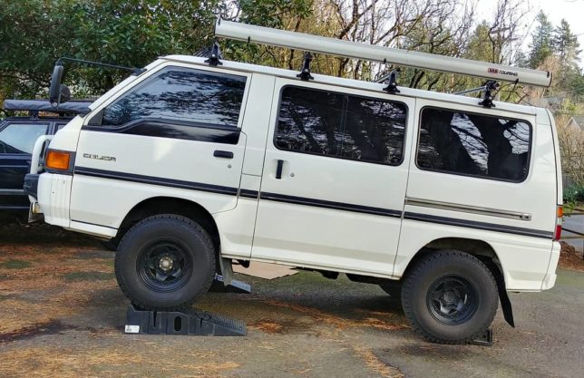 Working on a Mitsubishi Delica