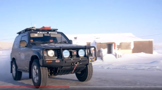 Mitsubishi Pajero at 2020 Alcan 5000 Winter Rally