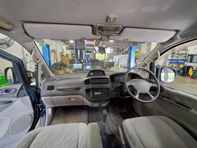 Delica Space Gear interior manual transmission