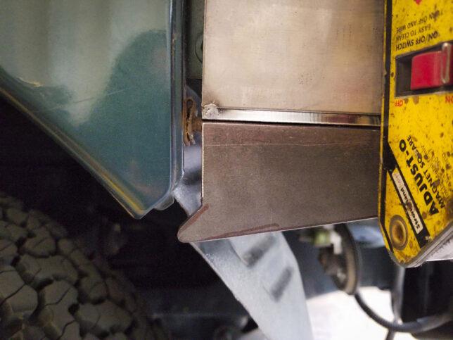 Front bumper piece detail