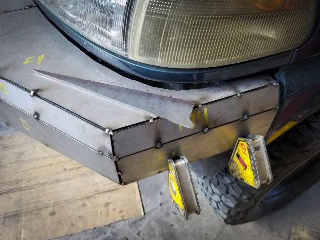 Front bumper piece