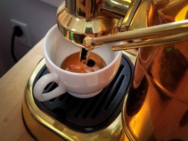 Espresso using coffee ground in a VSSL Java grinder