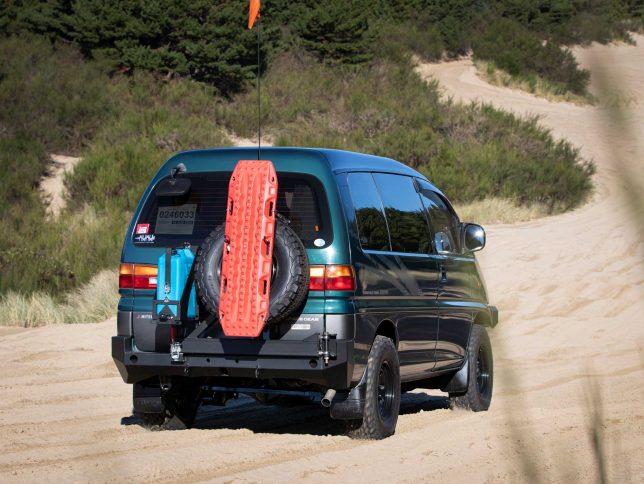 Mitsubishi Delica Space Gear in sand