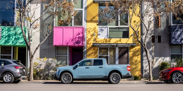 The 2022 Ford Maverick pickup looks easy to park.