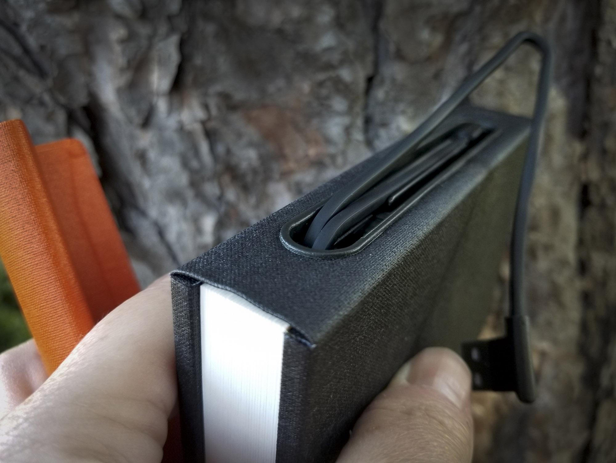 Lito mini cord center with USB cord