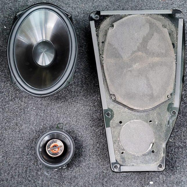 Saab 9000 speaker upgrade
