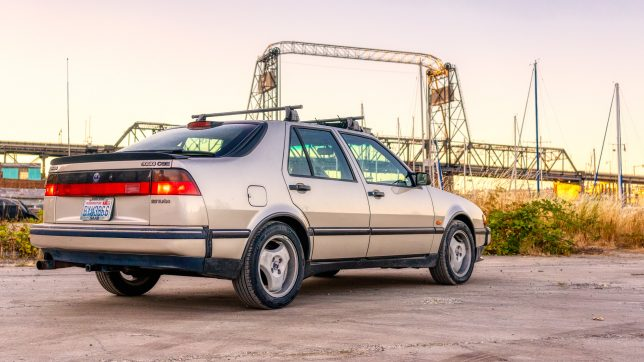Saab 9000 rear