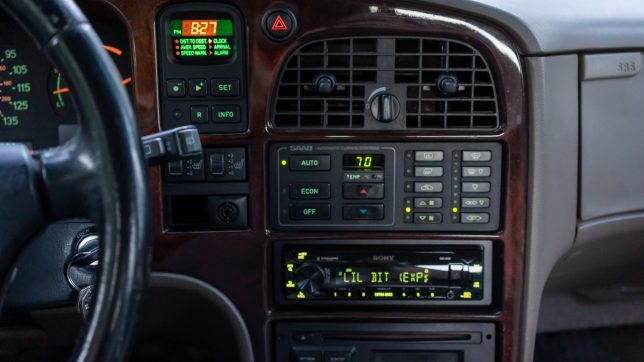 Saab 9000 stereo replacement
